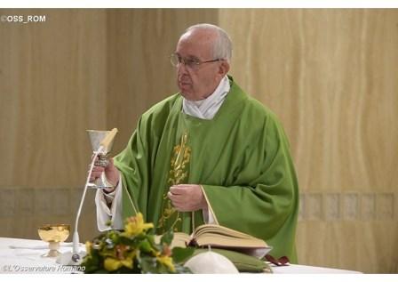 Compreender os pecadores, mas não negociar a verdade, diz Papa 20.05.16