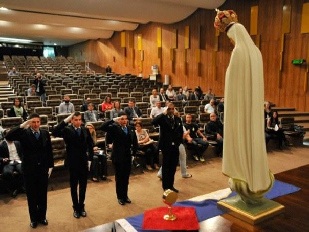 Imagem peregrina de Nossa Senhora de Fátima recebida no Senado 31.05.16