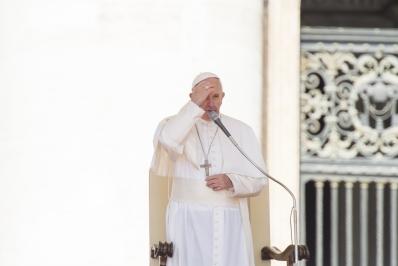 Papa santidade é caminho que só se percorre ao lado de Deus 24.05.16