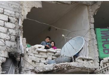 Aleppo crianças sírias têm um oratório a prova de bombas 23.06.16