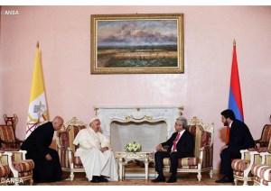 Papa Francisco em visita de cortesia ao Presidente da Armênia, Serzh Sargsyan - ANSA