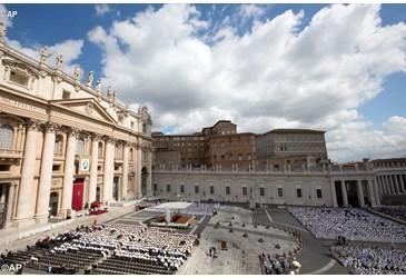 Basílicas e santuários no mundo rezam pelos sacerdotes 03.06.16