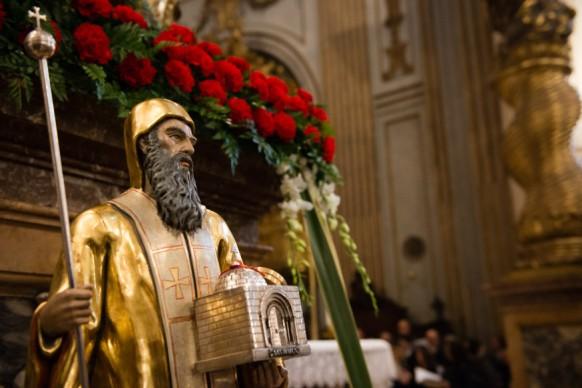 Bispos e novos movimentos Ir além das contraposições 16.06.16