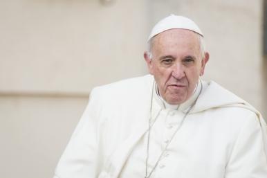 Papa poderá destituir bispos por negligência em casos de pedofilia 07.06.16.jpg
