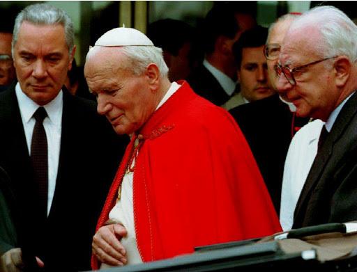 Relíquia de João Paulo II roubada na catedral de Colonia 07.06.16