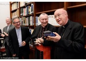 Cardeal Parolin e Mons Viganò na despedida de Dom Claudio Maria Celli do Pontifício Conselho das Comunicações - OSS_ROM