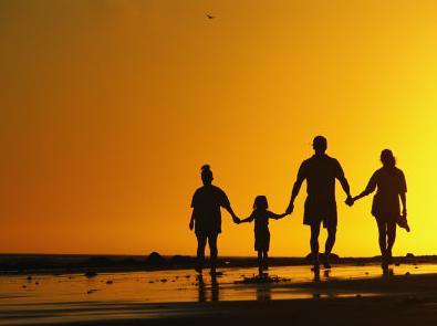sunset_holding_hands-10625