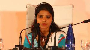 A filha da Asia Bibi, Eisham, durante o I Congresso 'Somos todos Nazarenos' organizado por MasLibres.org / ML