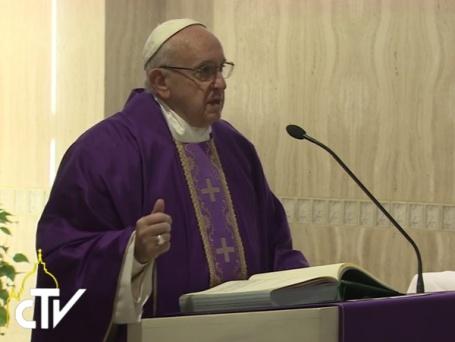 fe-crista-nao-e-uma-teoria-mas-o-encontro-com-jesus-diz-papa-28-11-16
