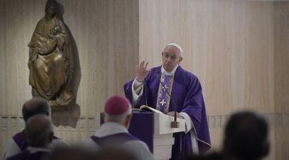papa-francisco-se-reconhecemos-nosso-pecado-deus-nos-renova-e-transforma-05-12-16