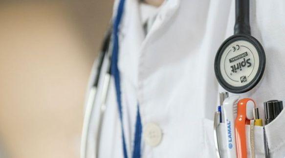 Condenam médico por não colaborar com aborto 10.07.18